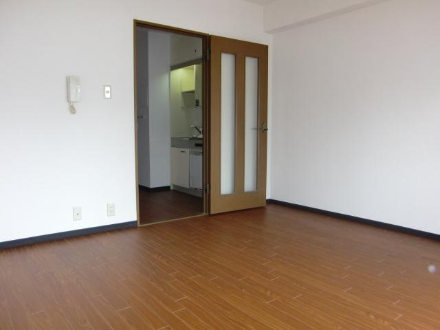 Ious 30 Sqm Apartment For Rent Near Honmachi Station On The Midosuji Line