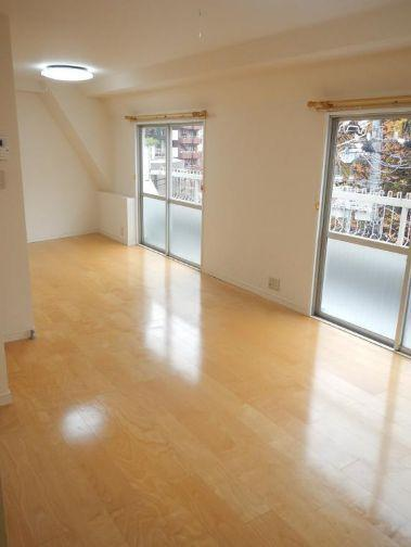 Example of a studio apartment for rent in Roppongi.