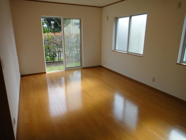 4BR house for sale in Shiroi, Chiba