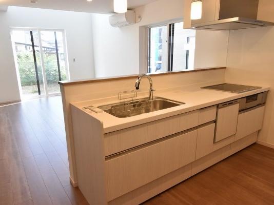 日本高級公寓的廚房-RealEststeJapan-住友不動產