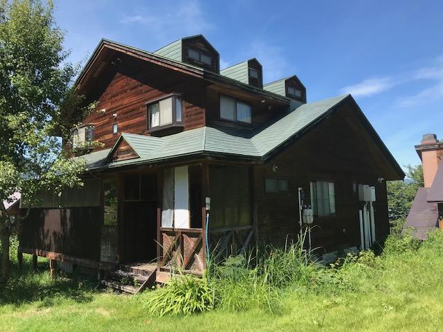 長野縣自然環境中出售的小木屋旅館