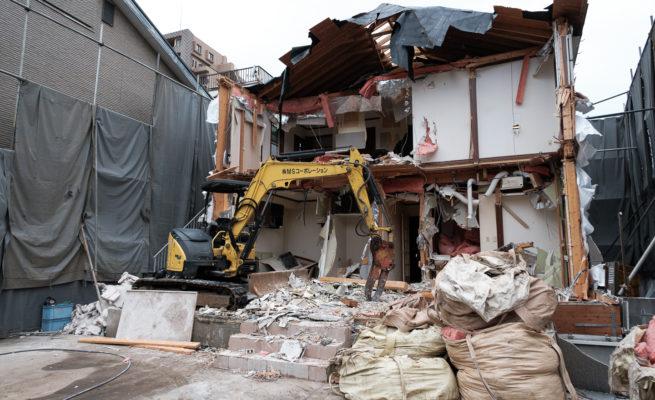 東京一棟拆除中的房屋
