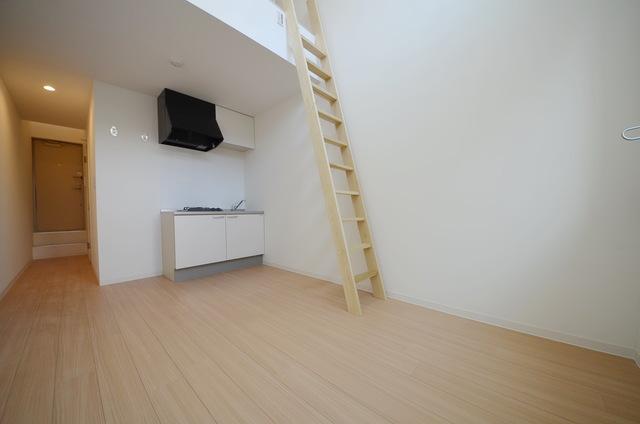 有閣樓的1K公寓