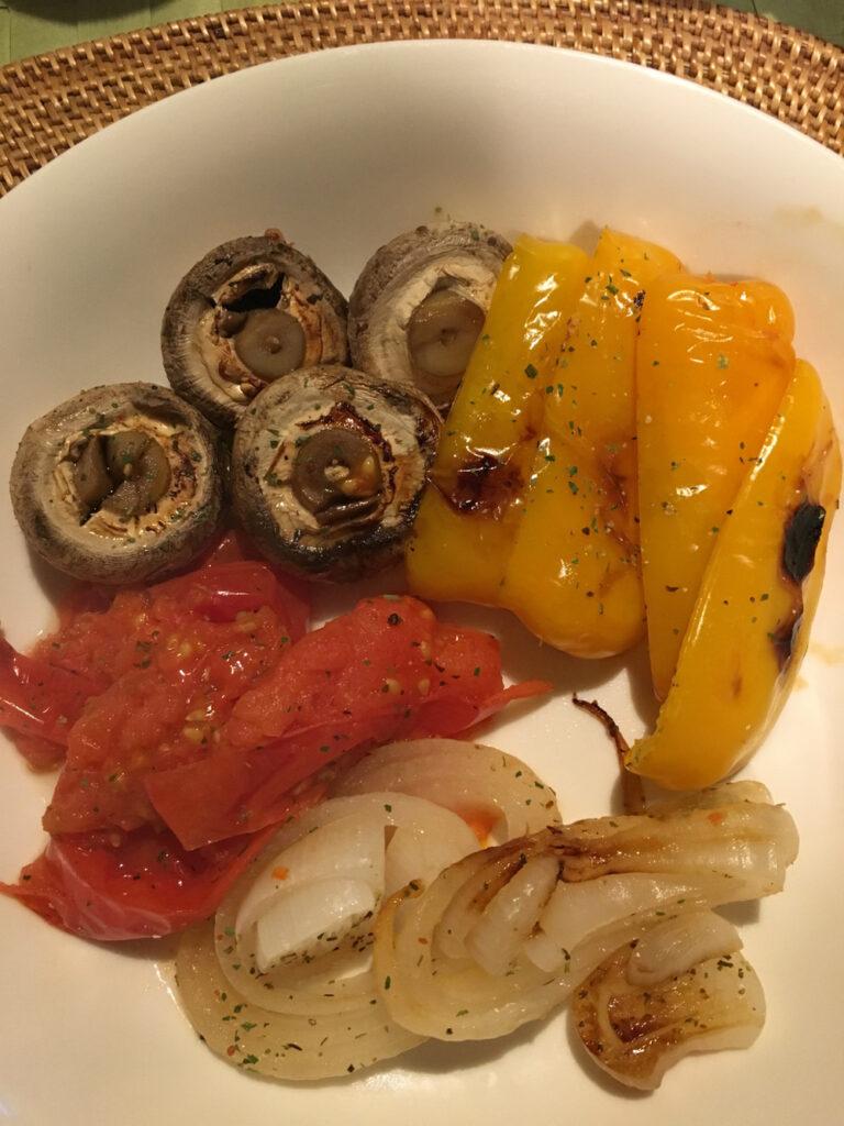 使用日本廚房烤爐-烤蔬菜-Grilled-vegetables-cooked-in-a-Japanese-fish-grill