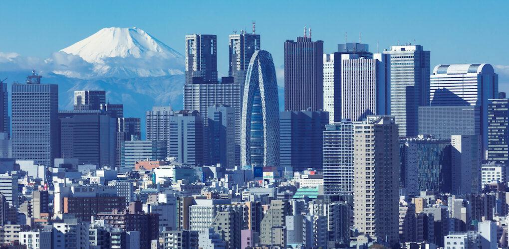 iStock-1209589993-Fuji-Shinjuku-富士山-新宿